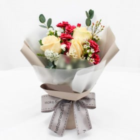 Lovely Blooms - Petite Bouquet